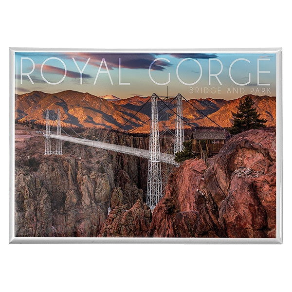 BRIDGE AND MOUNTAINS MAGNET
